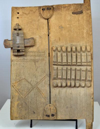 01-Dogon Door 8 Ancestors 0440 001