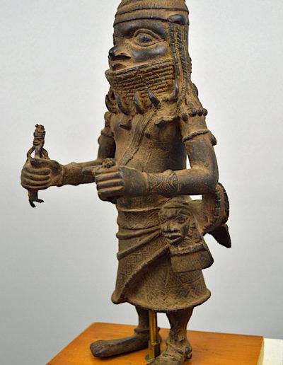 Benin Bronze Guard 001