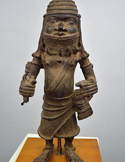Benin Bronze Guard 1249_0003