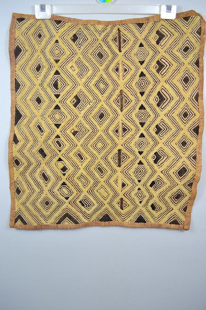 Kuba Textile Shoowa