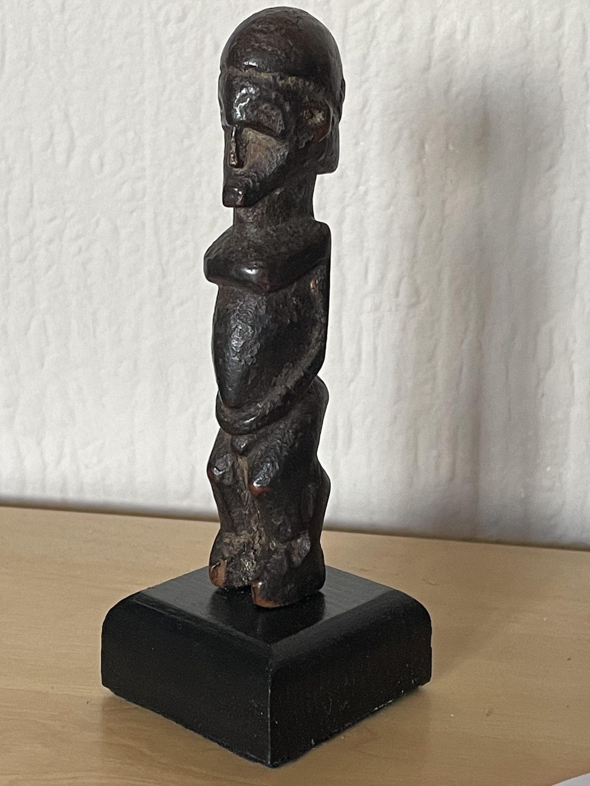 Lobi Pendant Figure